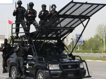 نیروهای-ضد-شورش-ایران